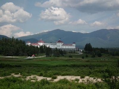 Mount Washington Hotel image. Click for full size.