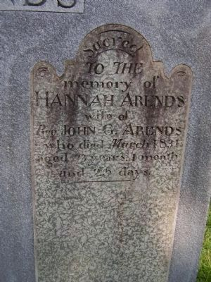 Hannah Arends grave image. Click for full size.