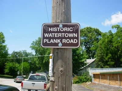 Historic Watertown Plank Road Marker image. Click for full size.