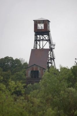 Kennedy Mine Headframe. image. Click for full size.
