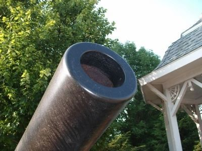 Muzzle of 8inch Rodman Gun image. Click for full size.