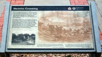 Neosho Crossing Marker image. Click for full size.