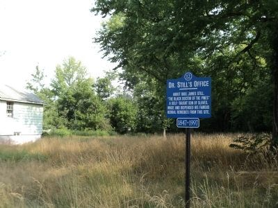 Marker in Medford image. Click for full size.