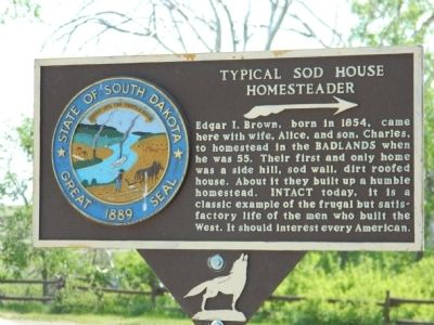 Typical Sod House Homesteader Marker image. Click for full size.