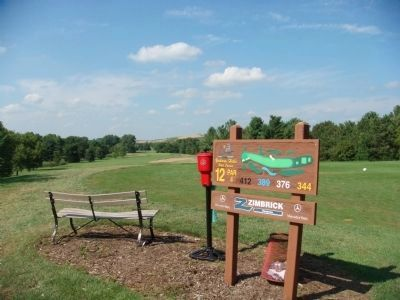 Nearby Tee for 12th Hole image. Click for full size.