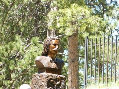 Wild Bill Hickok bust at his grave image. Click for full size.