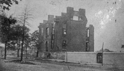 Residence of Dr. Robert W. Gibbes, Jr. image. Click for full size.