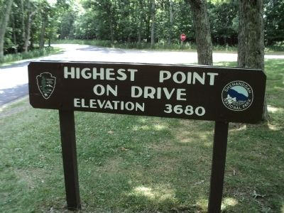 Skyline Drive High Point Marker image. Click for full size.
