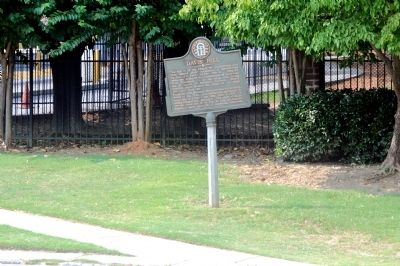Davis' Hill Marker image. Click for full size.