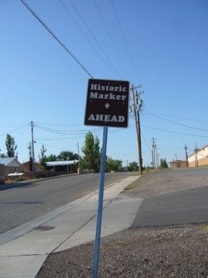Historic Marker Ahead sign image. Click for full size.