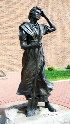 Hannah Allison Cole Statue image. Click for full size.
