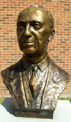 Walter Williams Bust image. Click for full size.