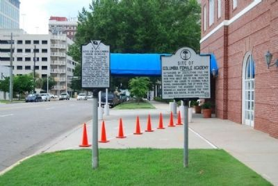 Site of Columbia Female Academy Marker (r) image. Click for full size.
