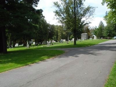 Hickory Grove Cemetery image. Click for full size.