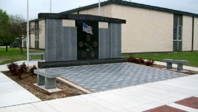 Erie Veterans Memorial Plaza image. Click for full size.