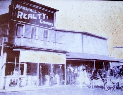 Photo of New Franklin Business on Marker image. Click for full size.