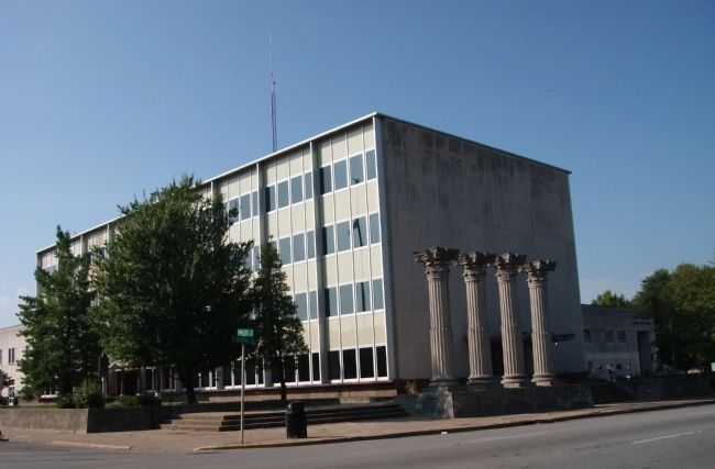 North/East Corner - - New Albany/Floyd County - - City-County Building image. Click for full size.