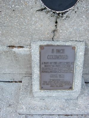 Plaque on Second Columbiad image. Click for full size.
