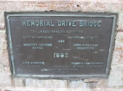 Bridge Date Plaque Photo, Click for full size