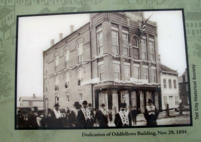 "Marker Photo - - ""Dedication of Oddfellows Building, Nov. 29, 1894"" image. Click for full size."