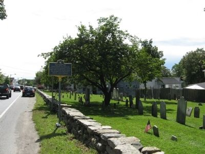 Old Baptist Cemetery and Marker image. Click for full size.