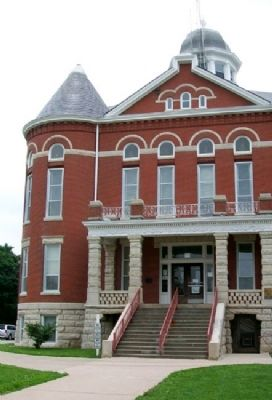 Doniphan County Courthouse image. Click for full size.