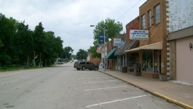 Looking West Along Main Street image. Click for full size.