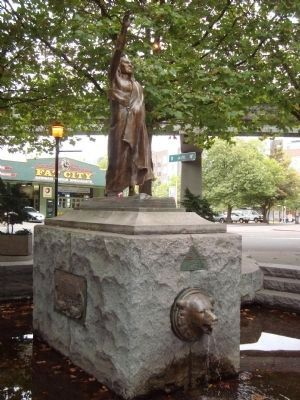 Chief Seattle Monument image. Click for full size.