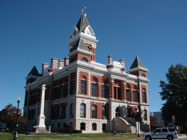Civil War Honor Roll Memorial -and- S/W Corner of Gibson County Courthouse image. Click for full size.