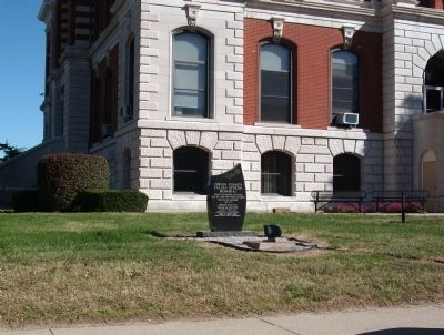 Wide View - - Gibson County Fallen Officer Memorial image. Click for full size.