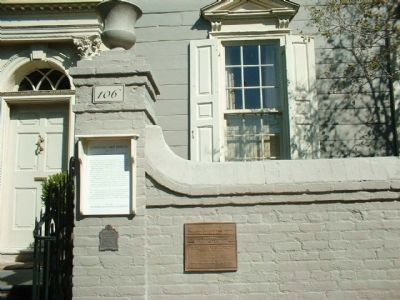 Colonel John Stuart House Markers including the smaller plaque : image. Click for full size.