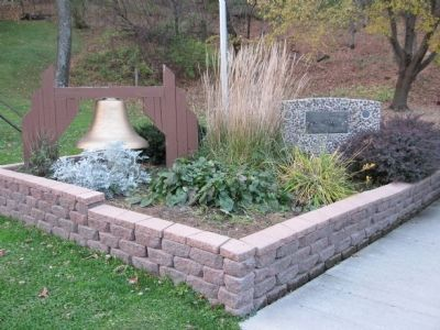 Veterans Memorial at Spring Pond image. Click for full size.