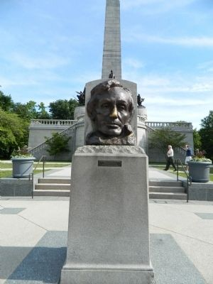 Abraham Lincoln's. Tomb image. Click for full size.
