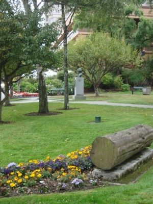 Juan Francisco de la Bodega y Quadra Monument in Quadra Park image. Click for full size.