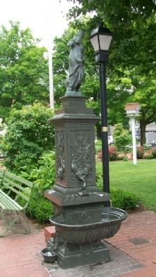 Ligonier Town Square Fountain image. Click for full size.