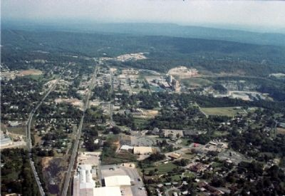 Aerial view of Leeds, Alabama. image. Click for full size.