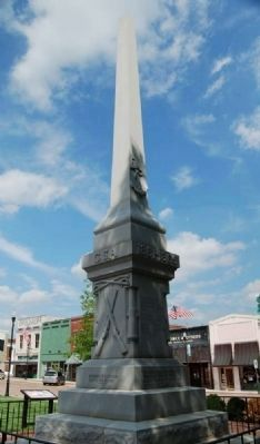 Abbeville County Confederate Monument Photo, Click for full size