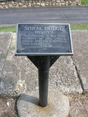Spiral Bridge Marker Photo, Click for full size