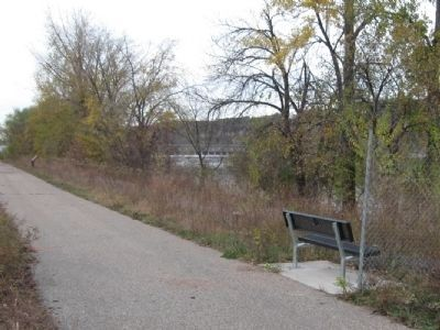 Hastings Riverfront Trail image. Click for full size.