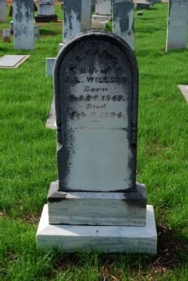 A.E. Carwile Tombstone image. Click for full size.