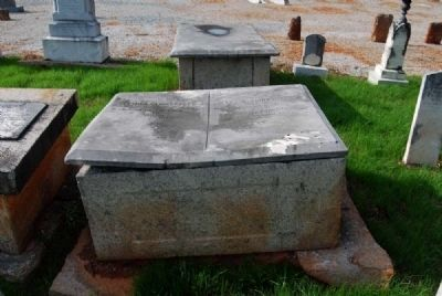 Elmina & Mary E Clinkscales Tombstone image. Click for full size.