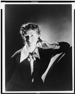 Marianne Moore image. Click for full size.