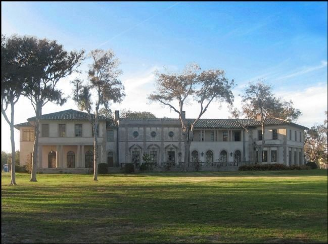 Rear of West Mansion image. Click for full size.