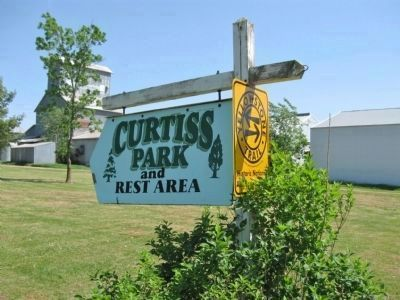 Curtiss Park and Rest Area Sign image. Click for full size.