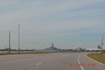 U.S.S. Alabama Battleship/park image. Click for full size.