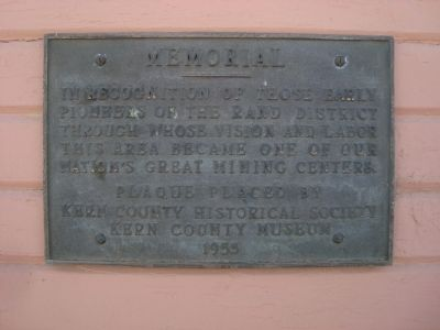 Plaque on the Desert Museum image. Click for full size.