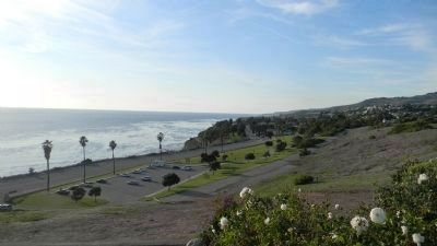 Friendship Bell: view to the west toward the Palos Verdes hills image. Click for full size.