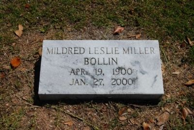 Mildred Leslie Miller Bollin Tombstone image. Click for full size.