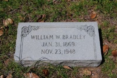 William W. Bradley Tombstone image. Click for full size.