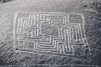 Hemet Maze Stone Photo, Click for full size